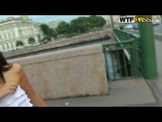 Иностранец снимает и трахает русскую Катю в попу